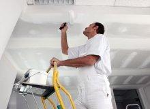 Malowanie nierównych ścian i sufitu – o czym warto wiedzieć?