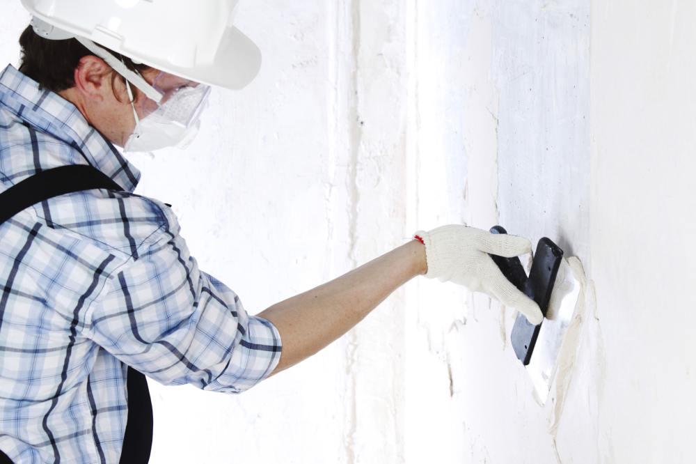 Szpachlowanie ściany